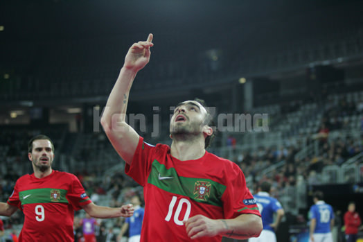 UEFA欧州選手権準々決勝でゴールを決め喜ぶリカルジーニョ