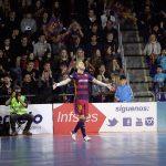 ハットトリックを達成して喜びの表情を見せるFCバルセロナ・ラッサのバテリア