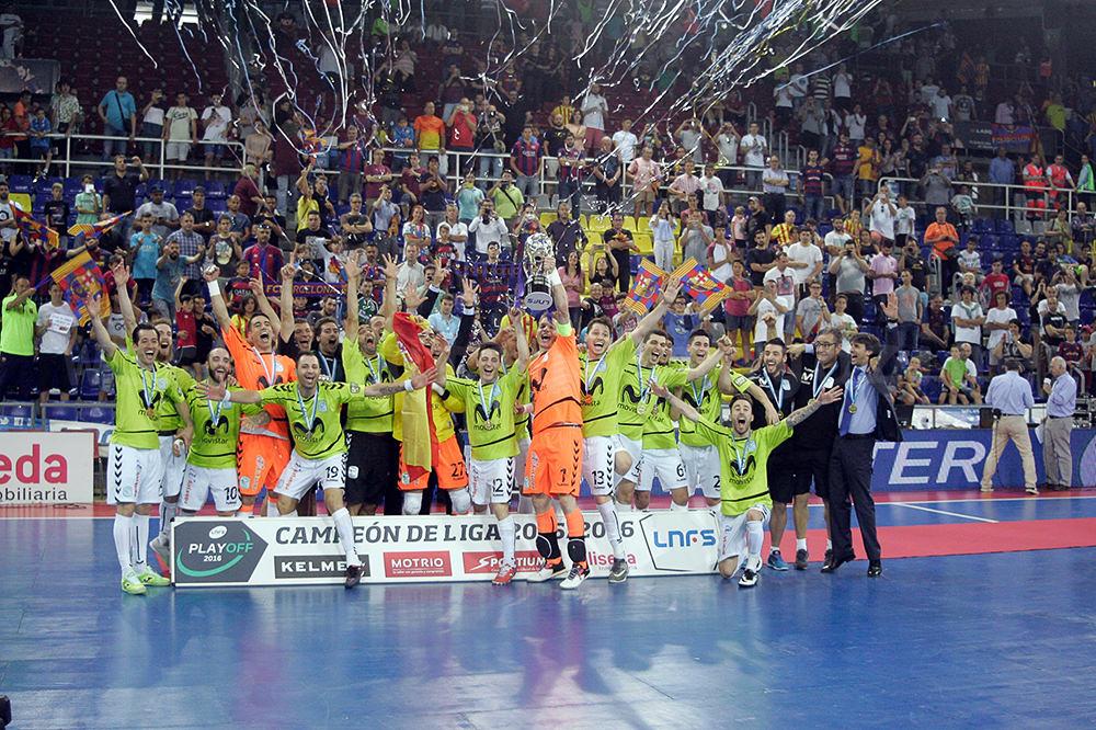 LNFS2015-16シーズン・プレーオフ決勝の表彰式
