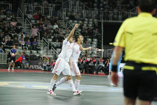 ゴールを決め絶叫するスペイン代表セルヒオ・ロサノ