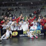 UEFAフットサル欧州選手権2012年大会の表彰式におけるフットサルスペイン代表の記念撮影