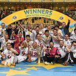 UEFAフットサルカップ2015表彰式で喜ぶカイラト・アルマトイ