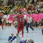 前大会準々決勝でイタリアに敗れたポルトガル代表リカルジーニョが頭を抱える。自身3回目となるワールドカップ初戦は開催国との対戦となる。